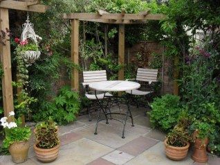 Attractive Small Patio Garden Design Ideas For Your Backyard 12