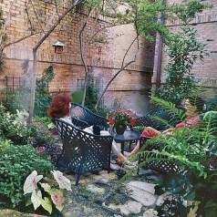 Attractive Small Patio Garden Design Ideas For Your Backyard 21