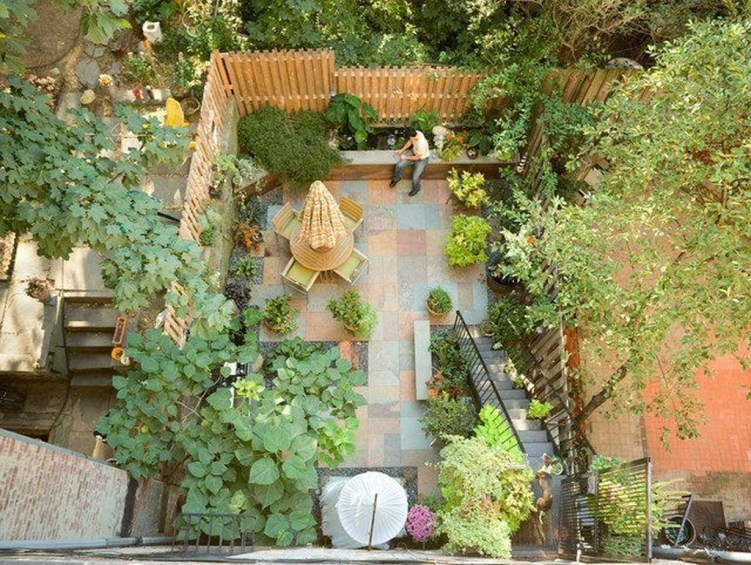 Attractive Small Patio Garden Design Ideas For Your Backyard 26
