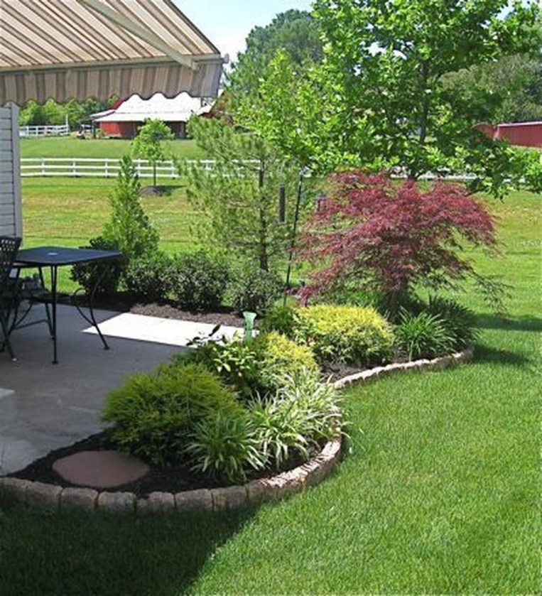 Attractive Small Patio Garden Design Ideas For Your Backyard 34