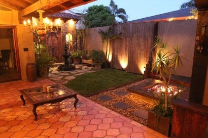 Attractive Small Patio Garden Design Ideas For Your Backyard 41
