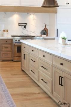 Awesome Farmhouse Kitchen Design Ideas 35