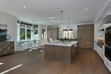Elegant Beach Coastal Style Kitchen Decor Ideas 17