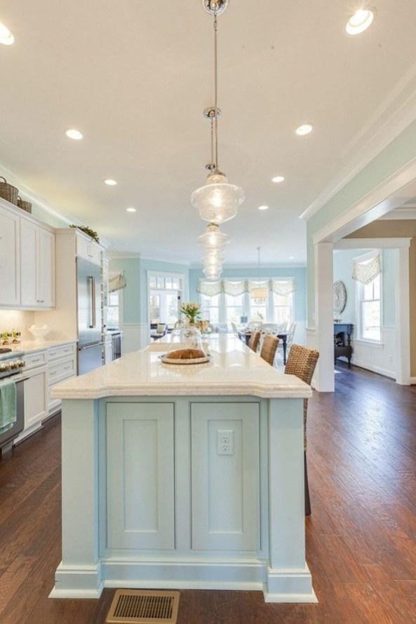 Elegant Beach Coastal Style Kitchen Decor Ideas 36