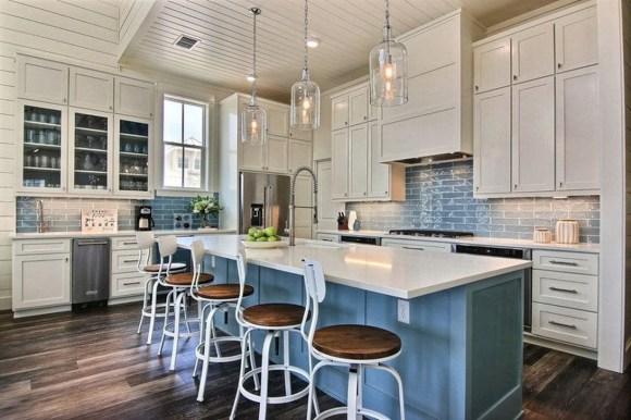 Elegant Beach Coastal Style Kitchen Decor Ideas 41