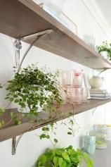 Inspiring Diy Wood Shelves Ideas On A Budget 36