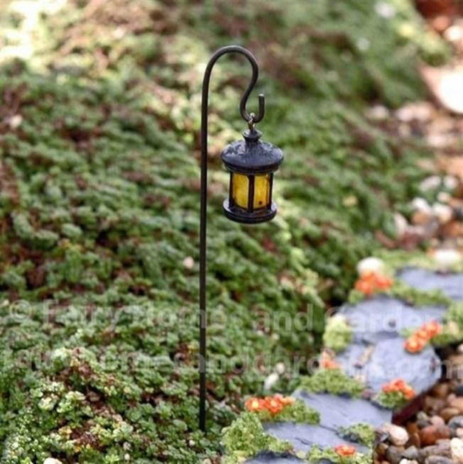 Magnificient Diy Fairy Garden Ideas With Plants 15