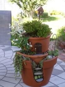 Magnificient Diy Fairy Garden Ideas With Plants 38