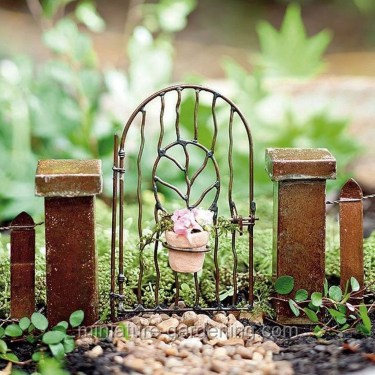 Magnificient Diy Fairy Garden Ideas With Plants 50