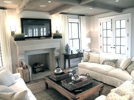 Popular Farmhouse Mantel Decorating Ideas 42