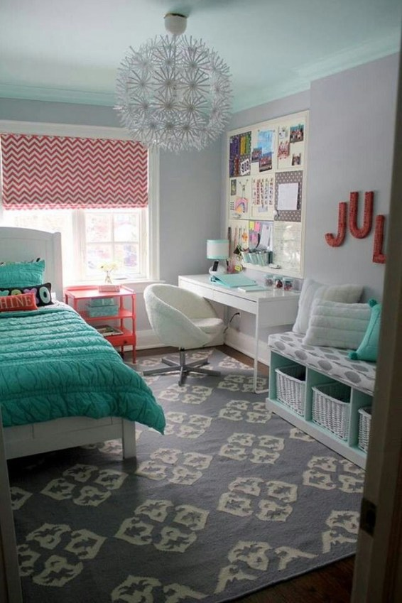 Pretty Chandelier Lamp Design Ideas For Your Bedroom 42