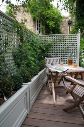 Smart Garden Design Ideas For Front Your House 37