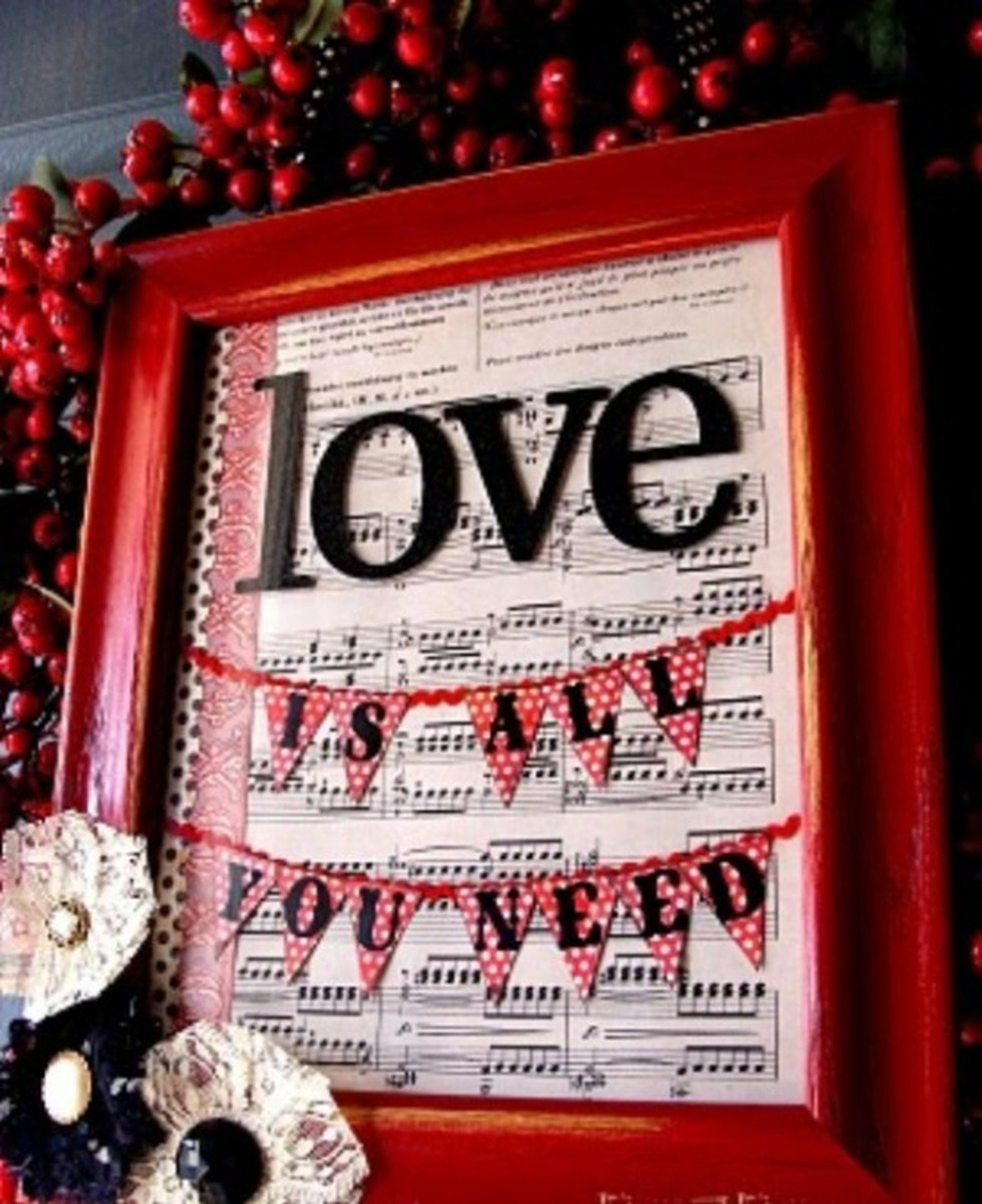 Stunning Red Home Decor Ideas For Valentines Day 16