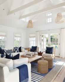Stylish Coastal Themed Living Room Decor Ideas 24