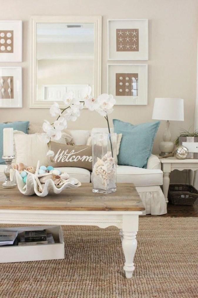 Stylish Coastal Themed Living Room Decor Ideas 40