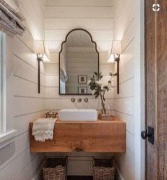 Comfy Farmhouse Wooden Bathroom Design Ideas 22