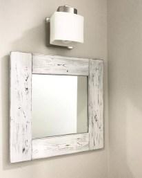 Comfy Farmhouse Wooden Bathroom Design Ideas 26