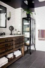 Comfy Farmhouse Wooden Bathroom Design Ideas 32