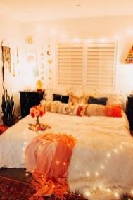 Lovely Boho Bedroom Decor Ideas 32