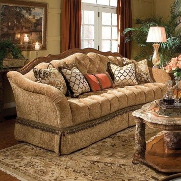 Luxury European Living Room Decor Ideas With Tuscan Style 21