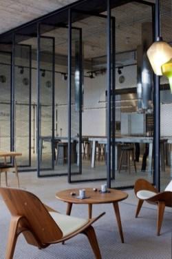Magnificient Industrial Office Design Ideas 06