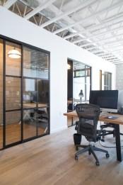 Magnificient Industrial Office Design Ideas 39