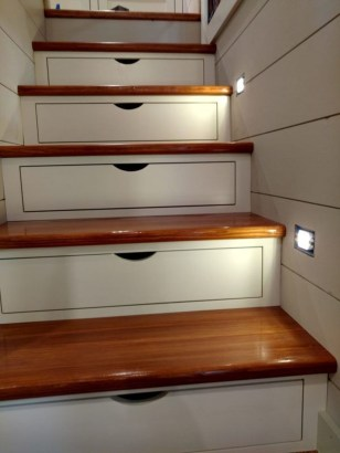 Minimalist Tiny Apartment Shoe Storage Design Ideas 08