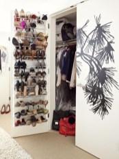 Minimalist Tiny Apartment Shoe Storage Design Ideas 25
