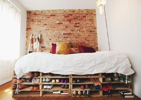 Minimalist Tiny Apartment Shoe Storage Design Ideas 36