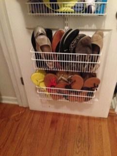 Minimalist Tiny Apartment Shoe Storage Design Ideas 49