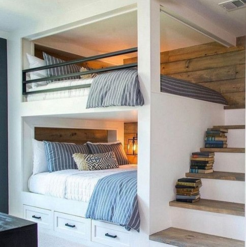 Relaxing Small Loft Bedroom Designs 52