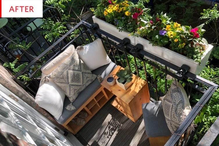 Stunning Small Patio Garden Decorating Ideas 07