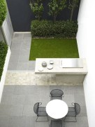 Stunning Small Patio Garden Decorating Ideas 23