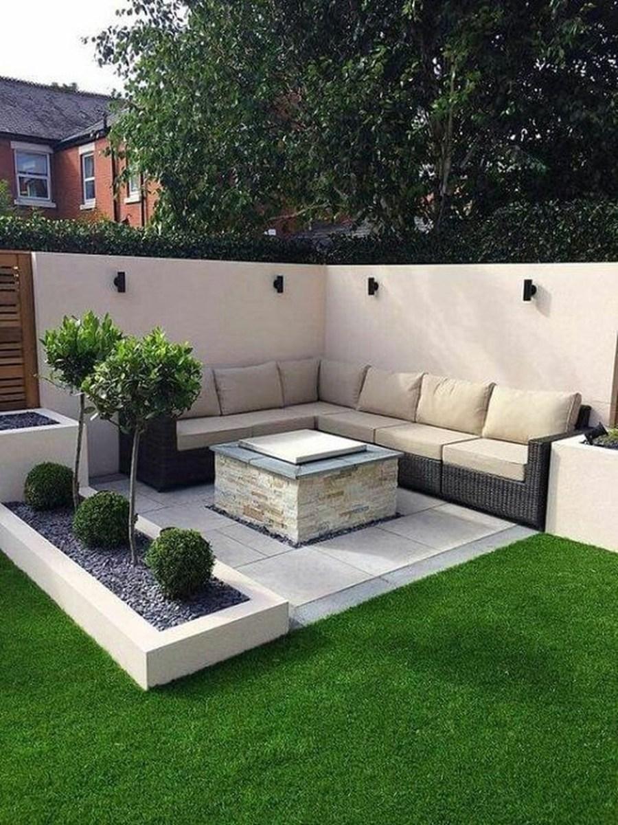Stunning Small Patio Garden Decorating Ideas 26