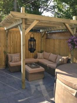Stunning Small Patio Garden Decorating Ideas 43