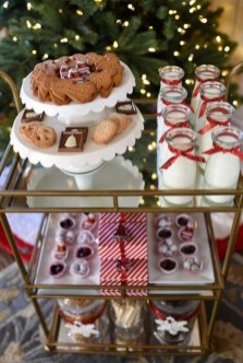 Wonderful Apartment Coffee Bar Cart Ideas 35