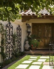 Amazing Wall Outdoor Design Ideas 18