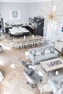 Charming Living Room Design Ideas 32