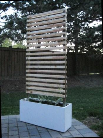 Cute Garden Fences Walls Ideas 27