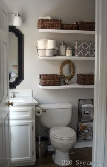 Elegant Bathroom Makeovers Ideas For Small Space 23