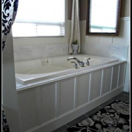 Elegant Bathroom Makeovers Ideas For Small Space 31