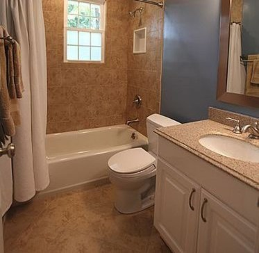 Elegant Bathroom Makeovers Ideas For Small Space 51