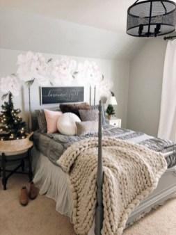 Elegant Farmhouse Decor Ideas For Bedroom 02