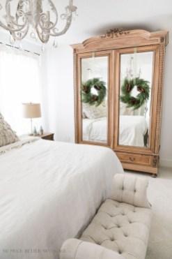 Elegant Farmhouse Decor Ideas For Bedroom 26