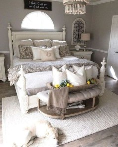 Elegant Farmhouse Decor Ideas For Bedroom 33
