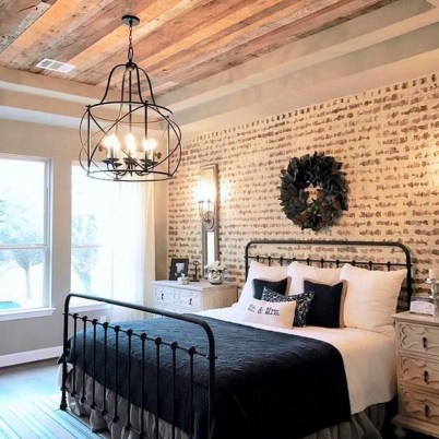 Elegant Farmhouse Decor Ideas For Bedroom 45