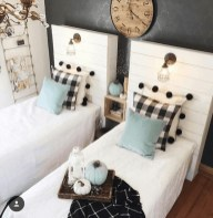 Elegant Farmhouse Decor Ideas For Bedroom 49