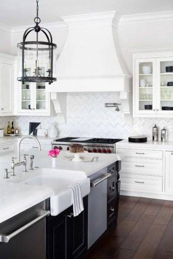 Gorgeous Traditional Kitchen Design Ideas 14