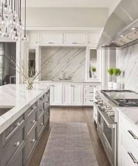 Gorgeous Traditional Kitchen Design Ideas 19
