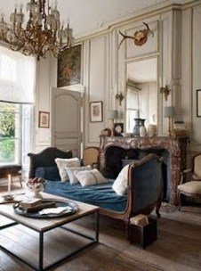 Impressive French Style Living Room Designs Ideas 41